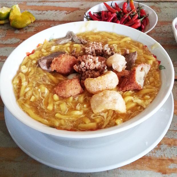 フィリピン料理ロミ