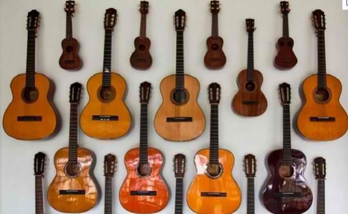 フィリピンセブ島のギター